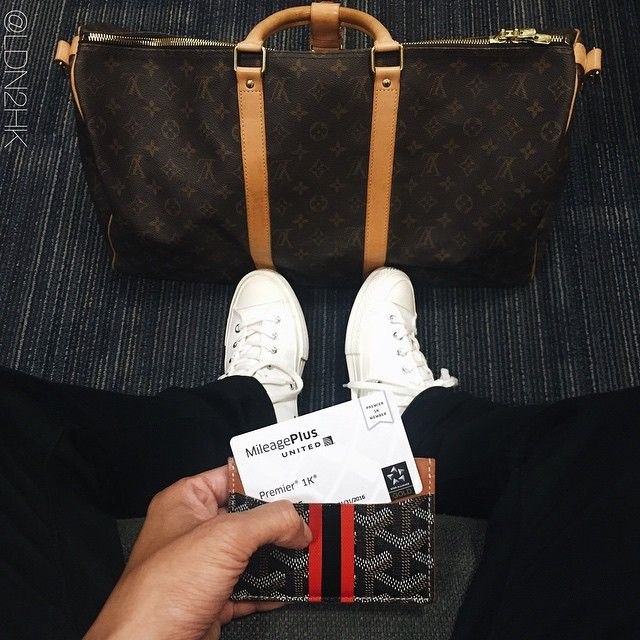 6b6cc9c3 Not even back for a day and it's back at LAX. ✈ #flyout #LAX #premier1k  #outfitfromabove #outfitoftheday #ootd #wdywt #streetwear // #goyard  #cardholder ...