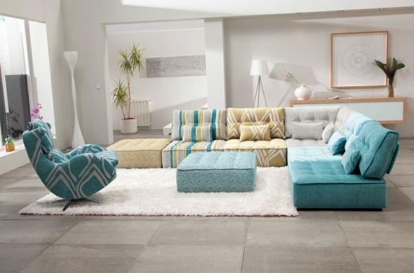 Decouvrez Le Canape Convertible De Design Original Et Fonctionnel Par Le Fabricant Espagnol Fama Voici Leurs Meu Modular Sofa Floor Couch Modern Modular Sofas