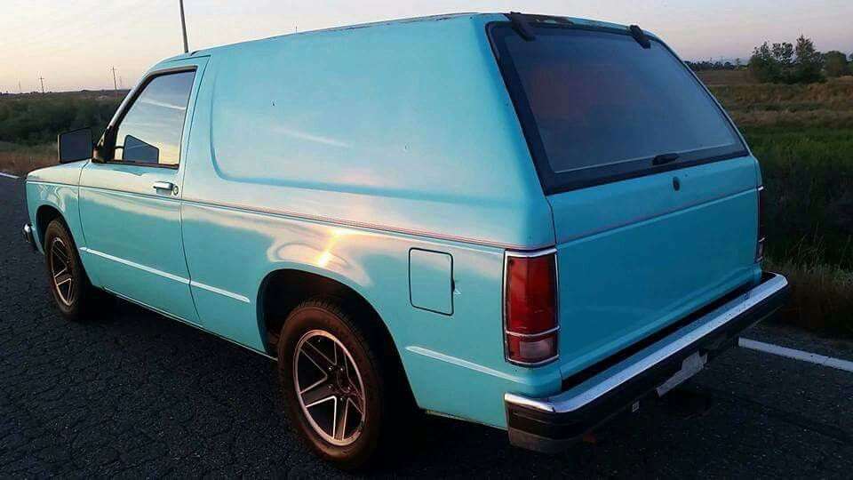 Baby Blue 1st Gen S10 Blazer Jimmy S10 Blazer Chevy S10 Sweet Cars