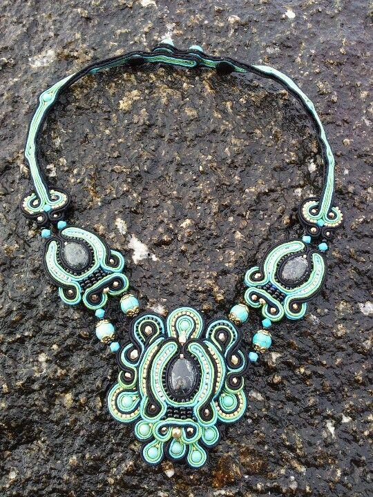Gargantilla esperanza. Sondeiria.blogspot.com