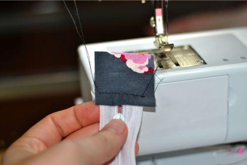 Zipper-Tabs-Pouch