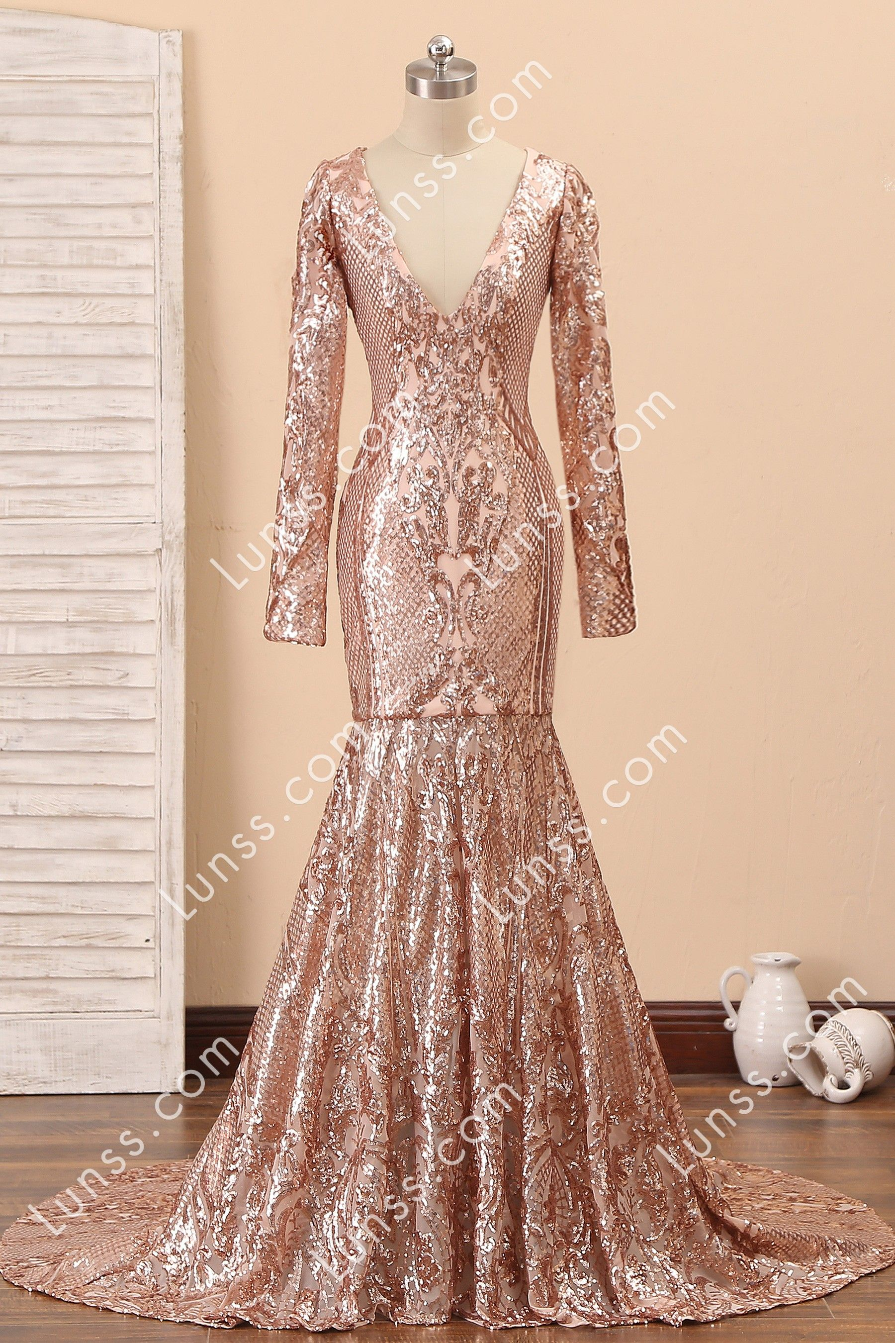 This Stunning Champagne Gold Patterned Sequin Slim Fit Mermaid Prom Gown Features Plunging V Neckline Long Feather Prom Dress Prom Dresses Fitted Prom Dresses [ 2700 x 1800 Pixel ]
