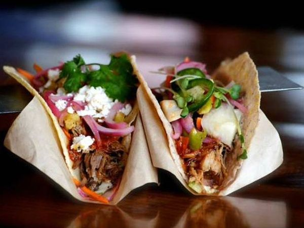 Fort Worth Tacos And True Food Kitchen Top This Taste Of Restaurant News Foodie Destinations Eat Best Burger Sauce