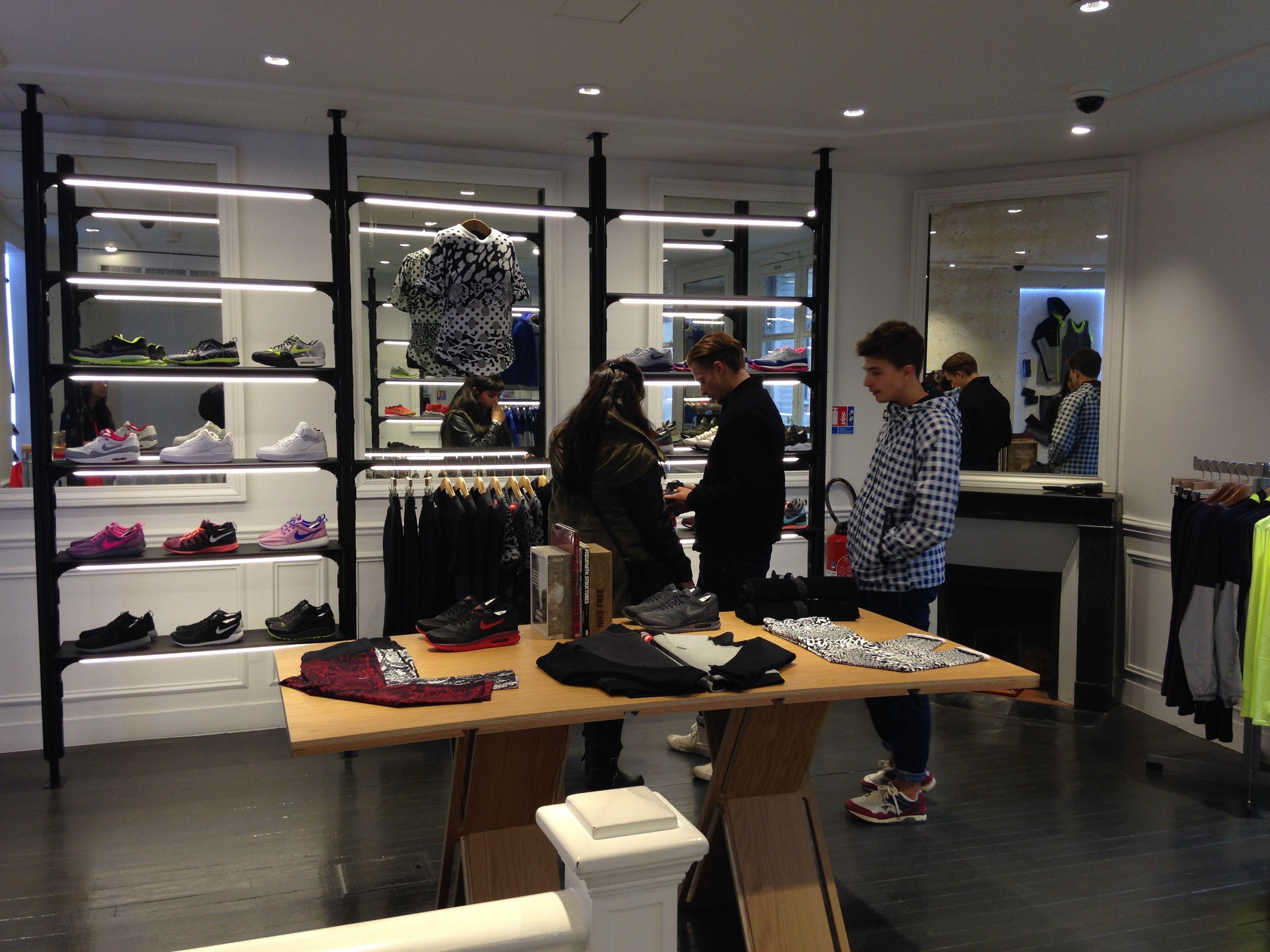 @Nikelab #Nike Lab P75 #Paris #Marais