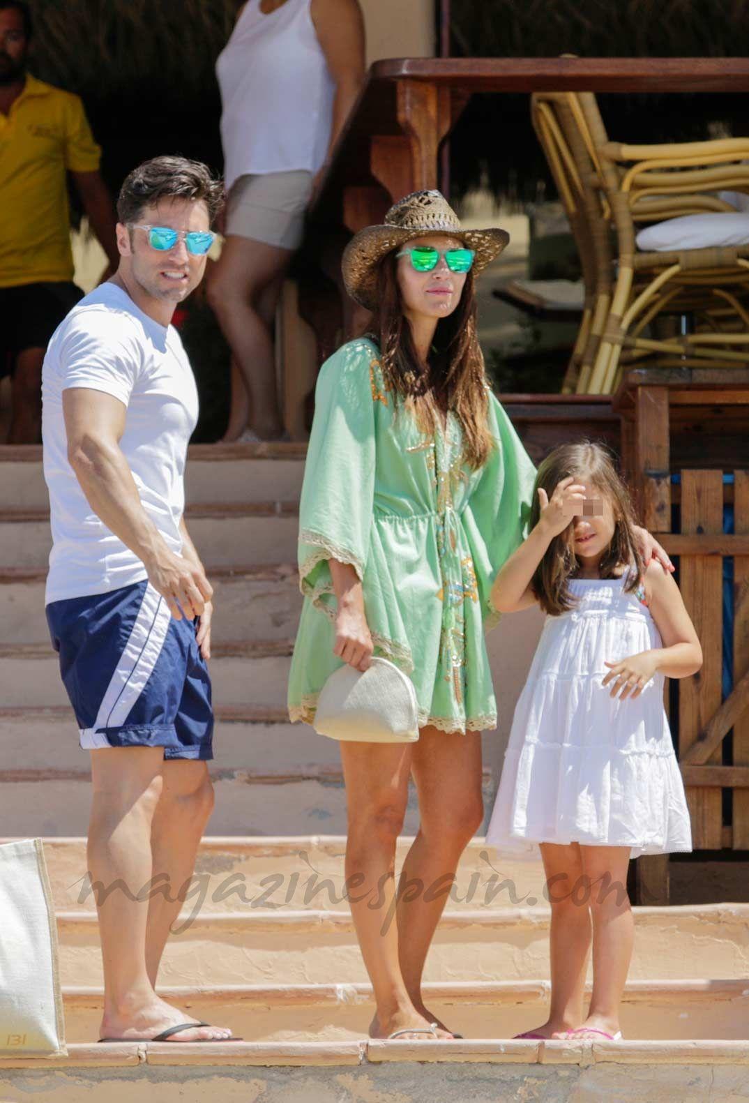 David Bustamante y Paula Echevarría, vacaciones en familia