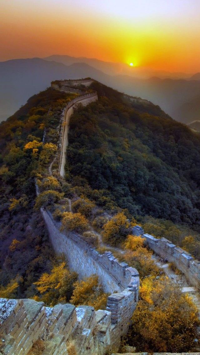 great wall of china superb sunrise on the great wall of china id=84344