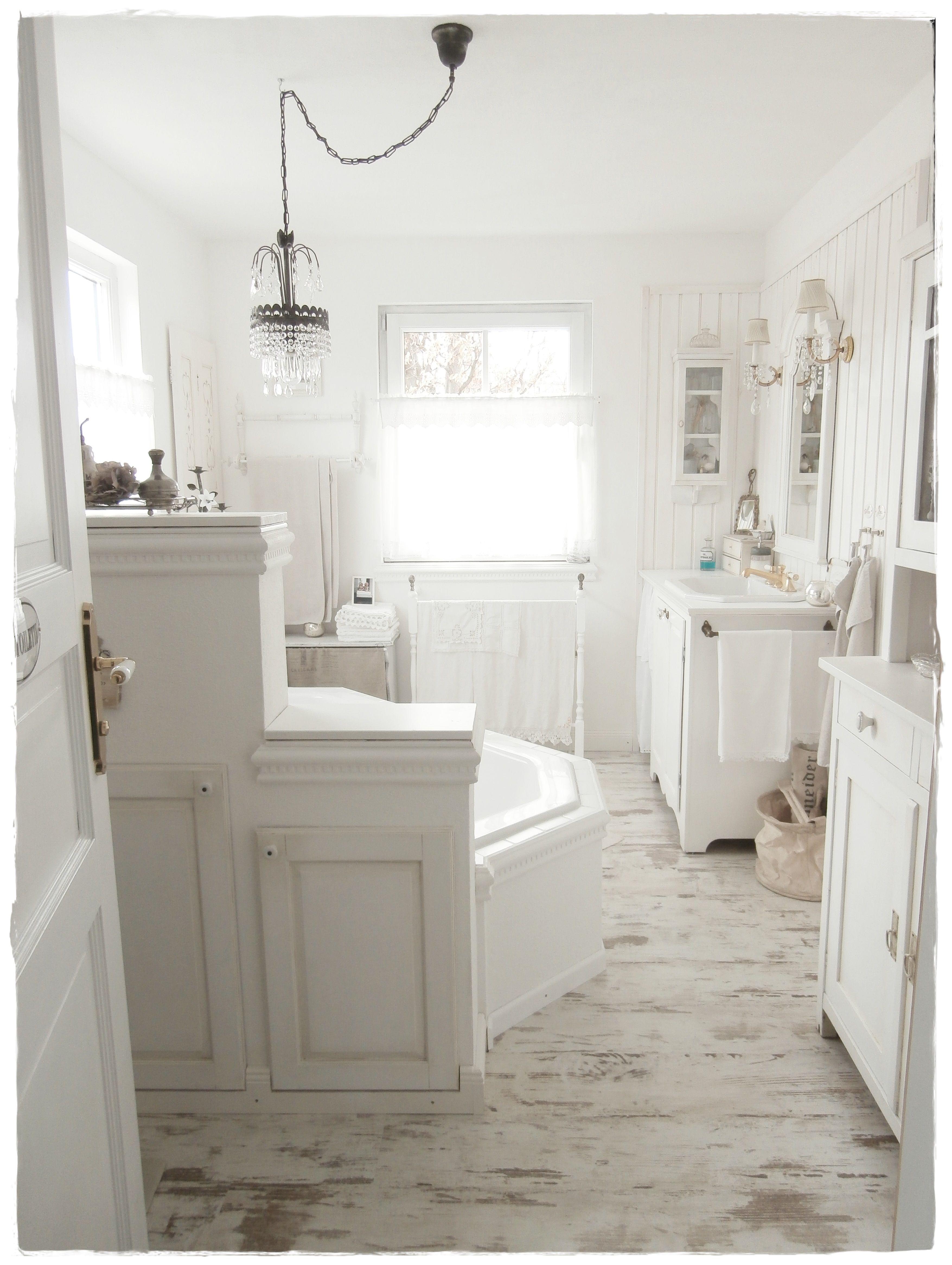 Kleines Badezimmer Shabby Chic | Kleines Häschen Altweiß ...