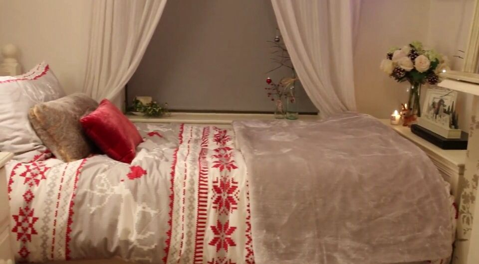 Christmas bedroom inspiration zoella home ideas for Room decor zoella