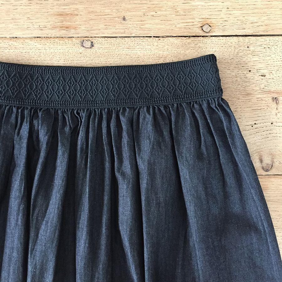 Tissus St Medard En Jalles la jupe en jean noir (et le top vichy♥) - kleding en