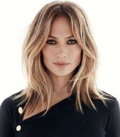 Medium-Length-Hairstyles-For-Older-Women #cutehairstylesformediumhair