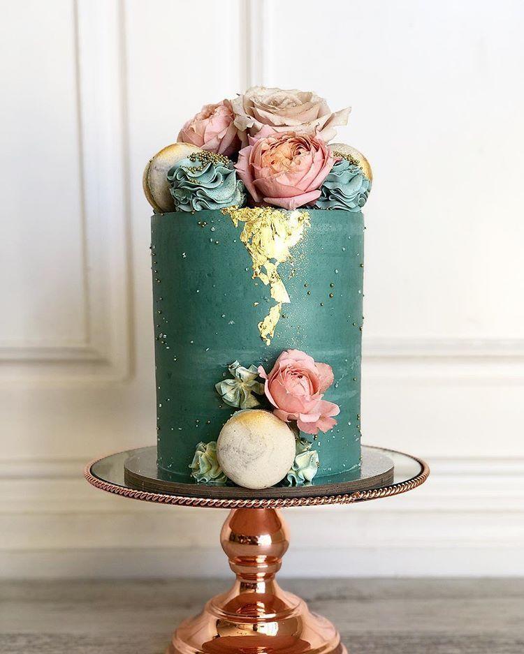 Posh little cakes. The most stunning turquoise with coral blooms and gold leaf. I wish all wedding cakes could be as bold. #poshlittlecakes #perthcakes… #turquoisecoralweddings Posh little cakes. The most stunning turquoise with coral blooms and gold leaf. I wish all wedding cakes could be as bold. #poshlittlecakes #perthcakes… #turquoisecoralweddings Posh little cakes. The most stunning turquoise with coral blooms and gold leaf. I wish all wedding cakes could be as bold. #poshlittlecakes #p #turquoisecoralweddings