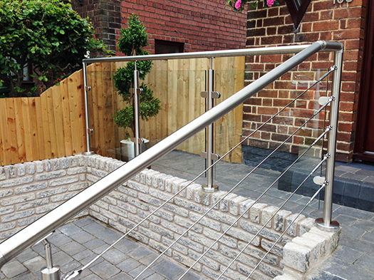 Bespoke Professional & Wire Rope Balustrade Systems | Decking ...