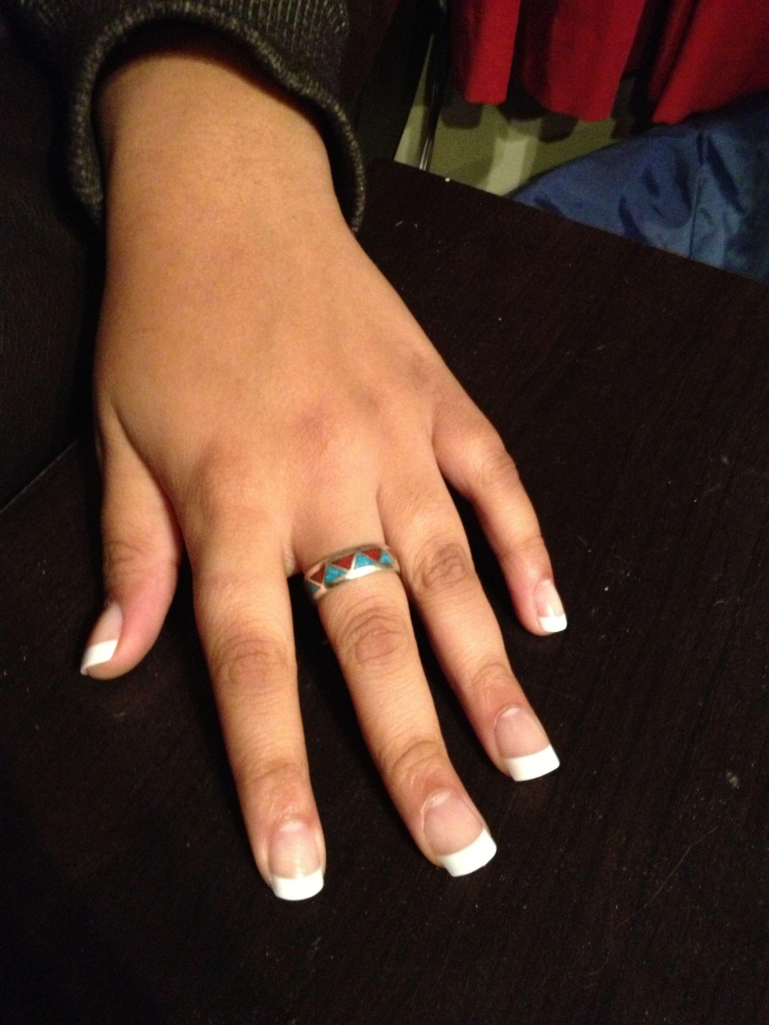 Does Family Dollar supply nail glue for fake nails