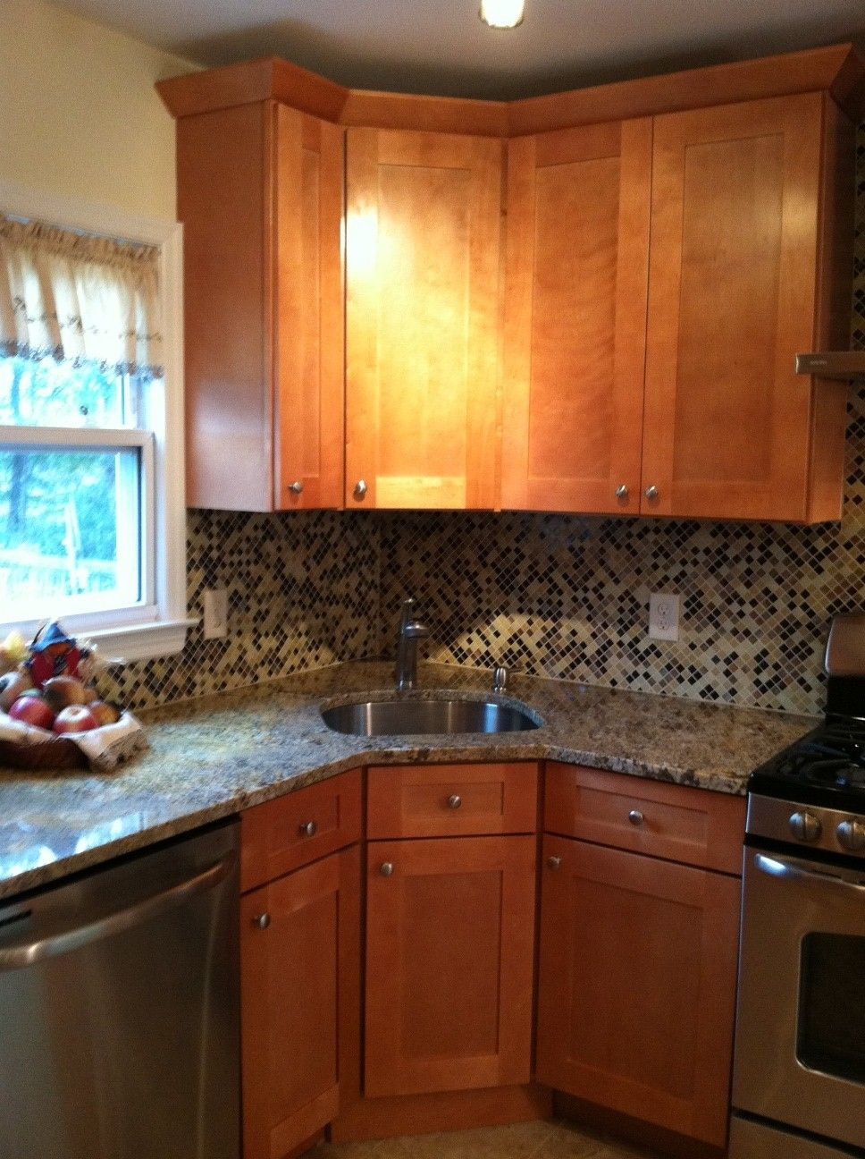 We put a corner sink in | furniture | Pinterest | Cocinas, Cocinas ...