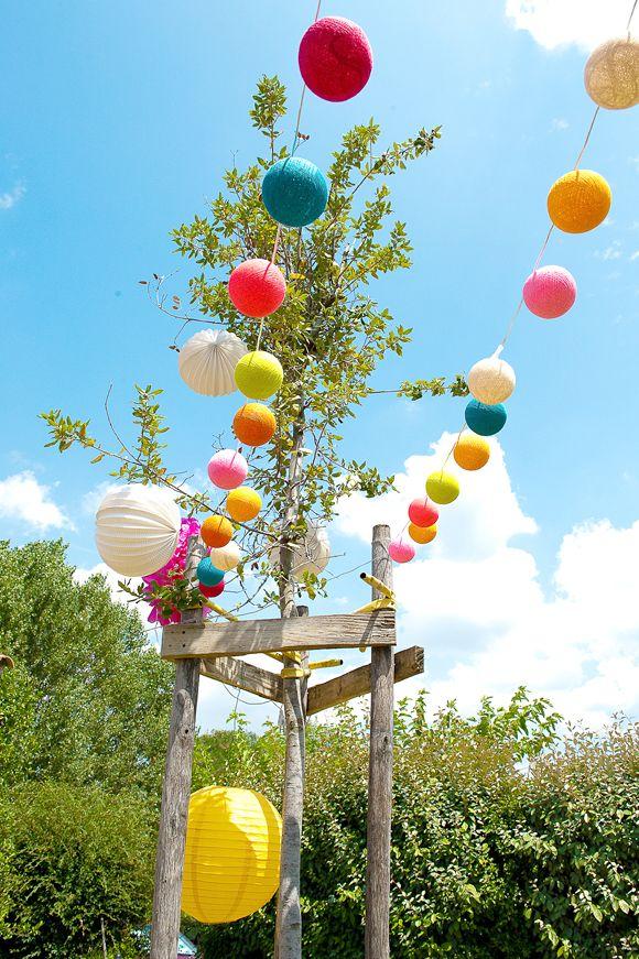 Baptême dans le jardin, une déco colorée ! | Baptême | Christening ...