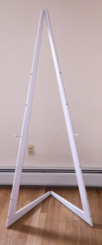 Up For Sale Is White Wood Floor Easel Bi Fold Design Comes With