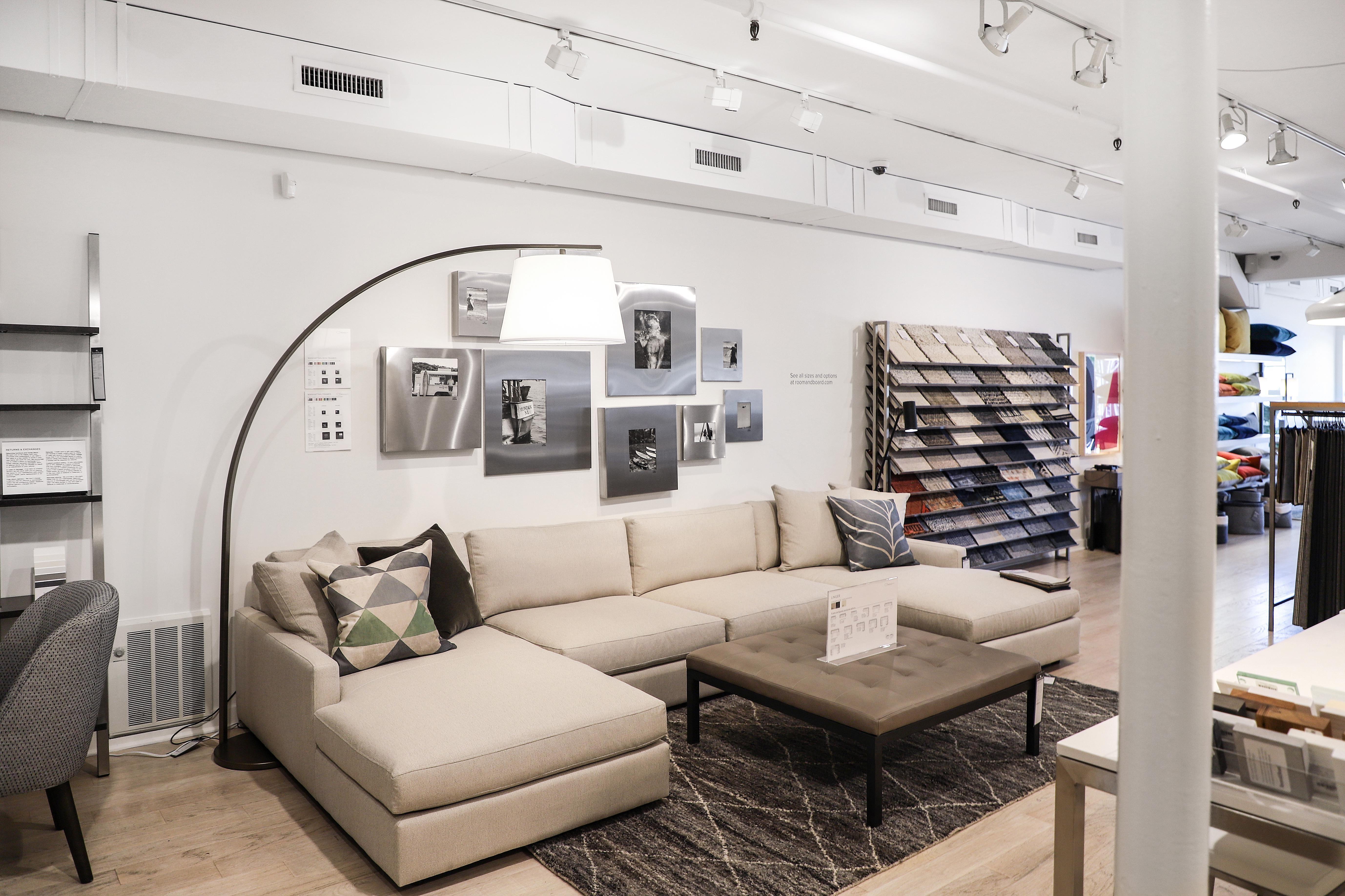 Room & Board East Hampton Pop-Up   Modern furniture stores ...