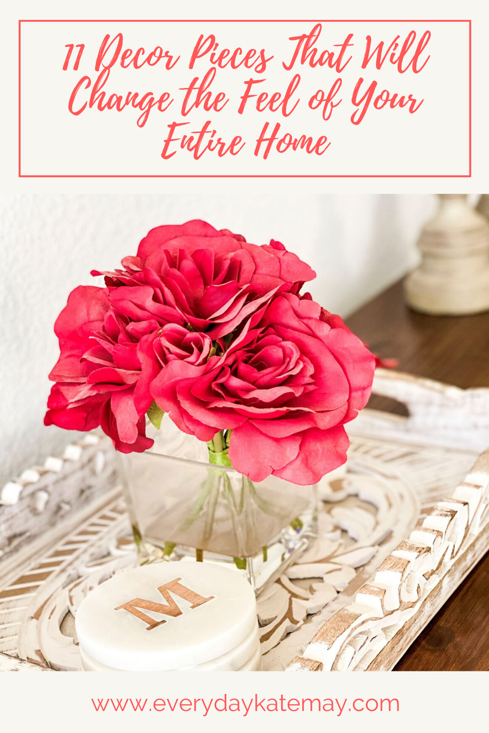 If you're looking for some home decor ideas for your living room on a budget, here's 11 decor pieces and DIY ways to decorate your home. #homedecor #decoronabudget #decorateyourhome #DIYdecor #livingroomdecor