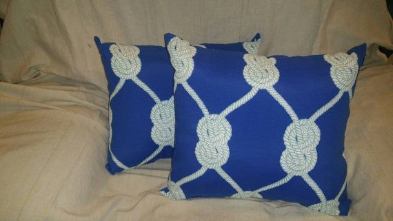 Nautical rope knot pillows that will bring a smile to any lanai or patio. #ropeknots