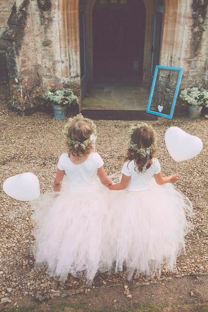 0c86ae02479 Have your flower girls carry Balloons down the aisle. See more alternatives  to traditional flower girl baskets on Harsanik blog.