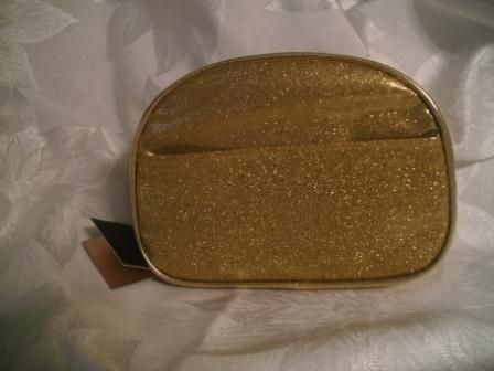 nwt beaute essentielle by Sta Elements cosmetic bag. Starting at $3 on Tophatter.com!