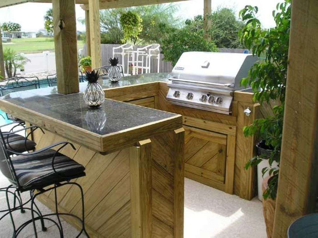 50 Outdoor Mini Bar Ideas In Your Backyard Homiku