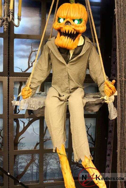 Spirit Halloween Costume Stores In Chicago Il Nowyouknow Spirit Halloween Costumes Halloween Spirit Store Halloween Costume Store