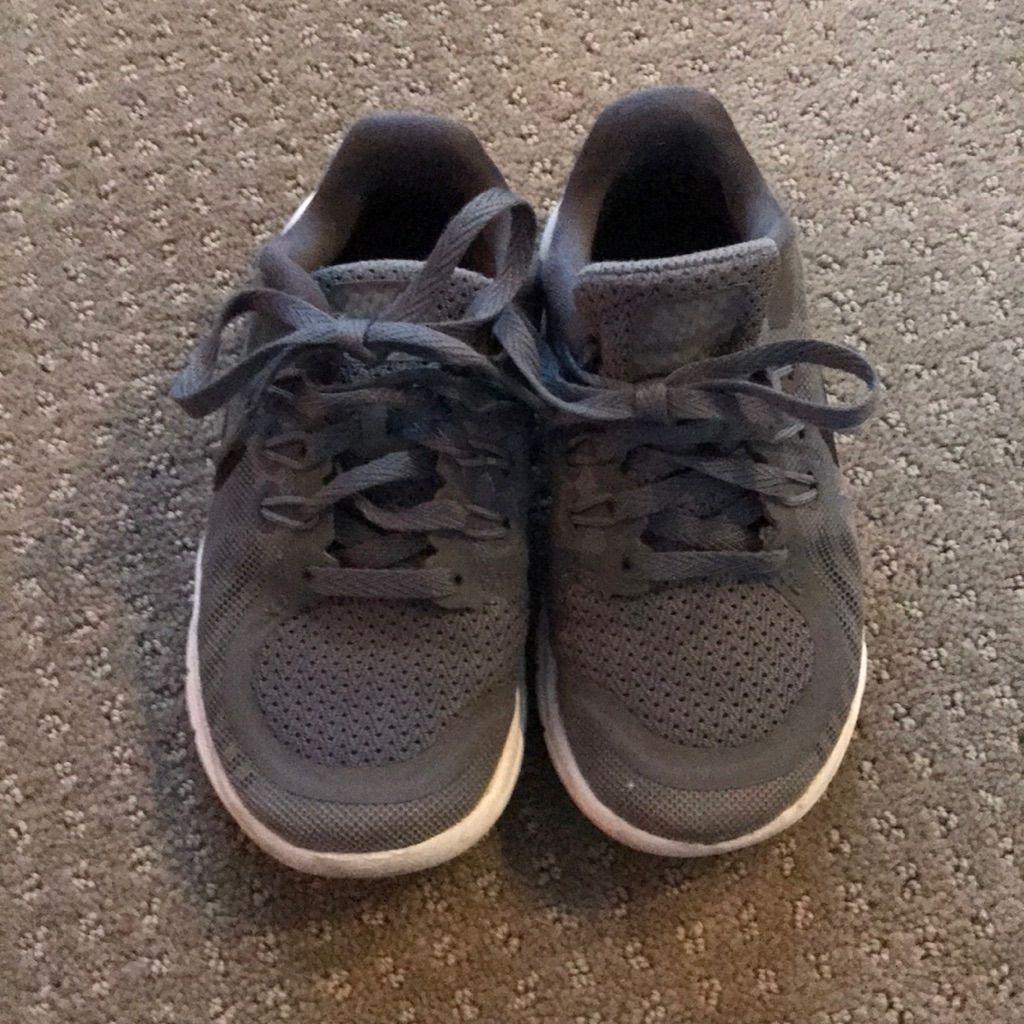 Grey Nike Tennis Shoes Tennis Shoes