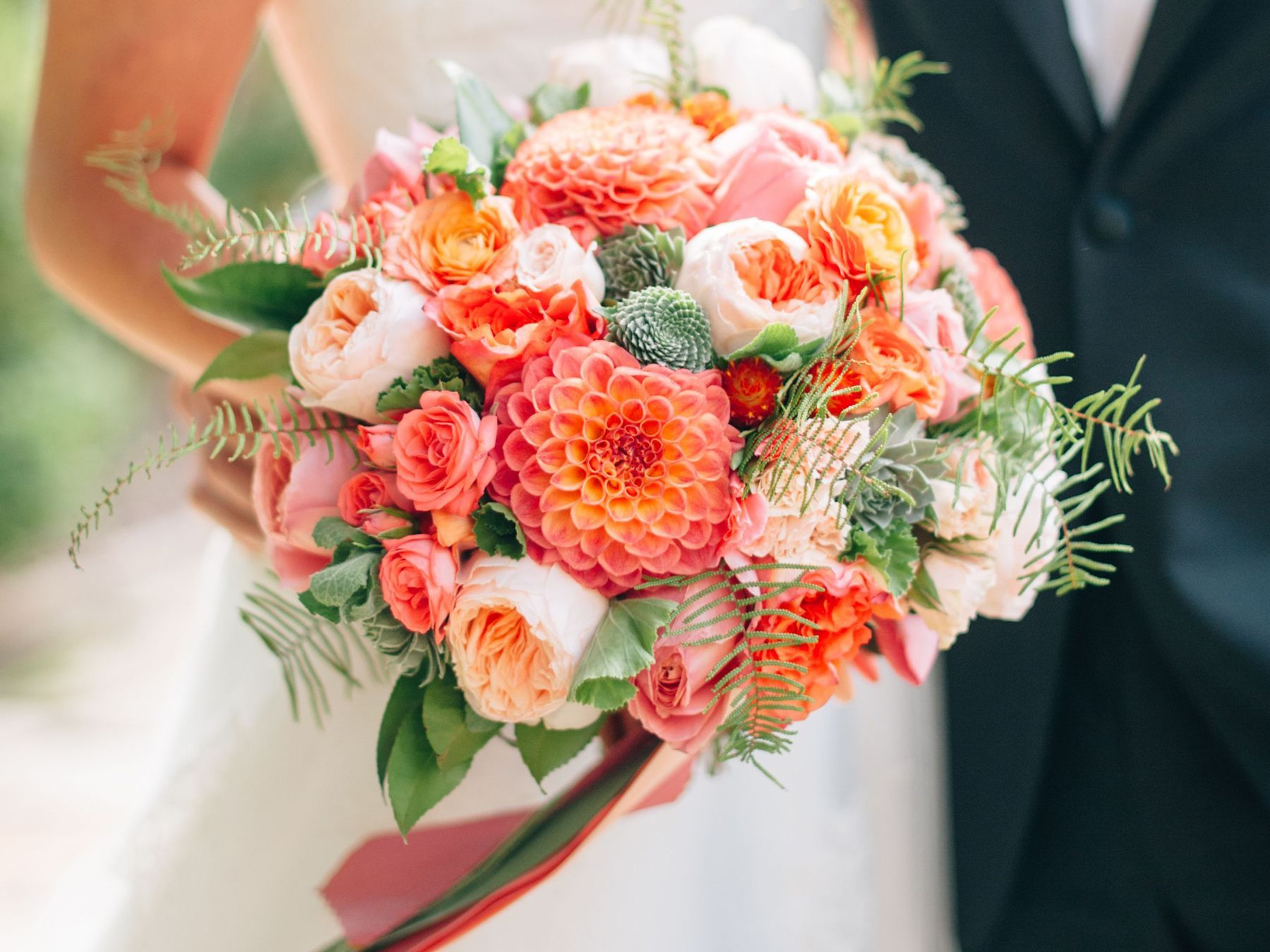 Your Complete Guide To Wedding Flowers Coral Wedding Flowers Cheap Wedding Flowers Wedding Flower Guide