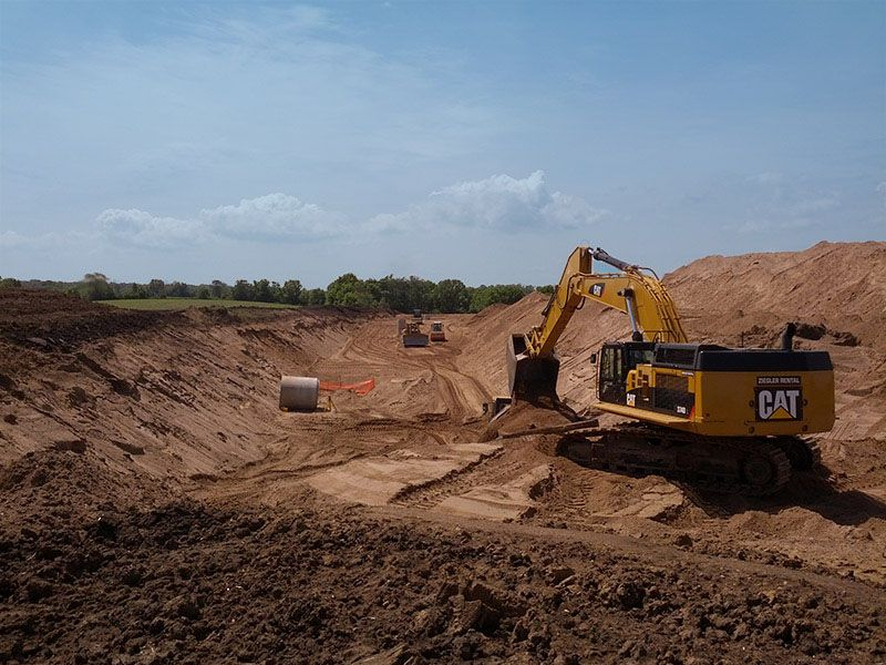 IUOE Local 49 Operators moving the dirt for Dahn