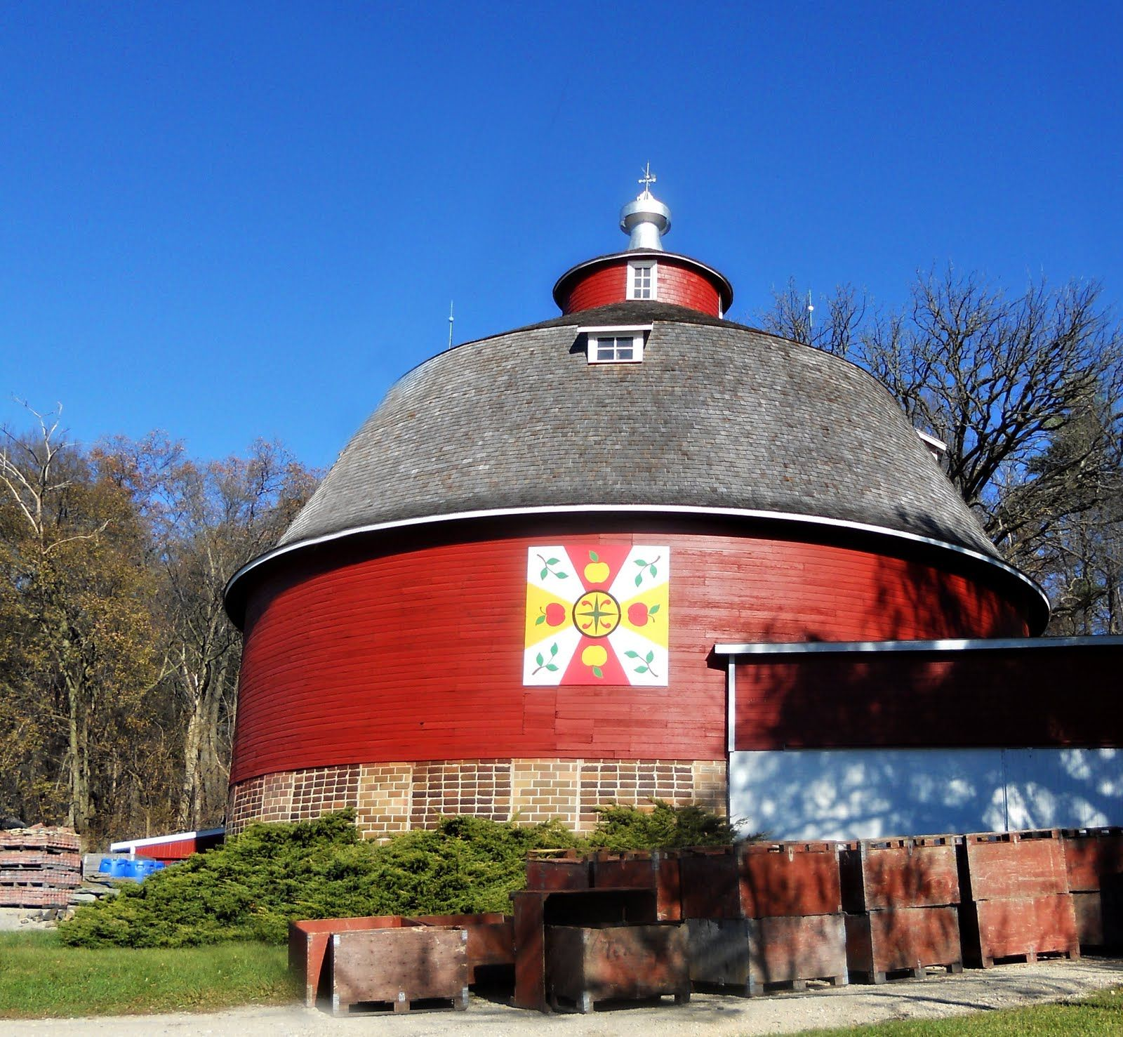 Green county wi love this round barn green county wi love this round barn biocorpaavc Images