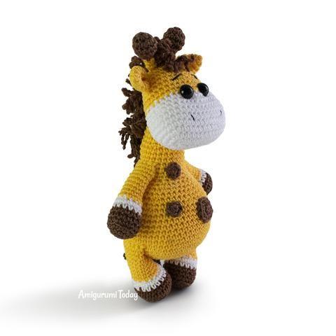 Baby giraffe pattern - printable PDF