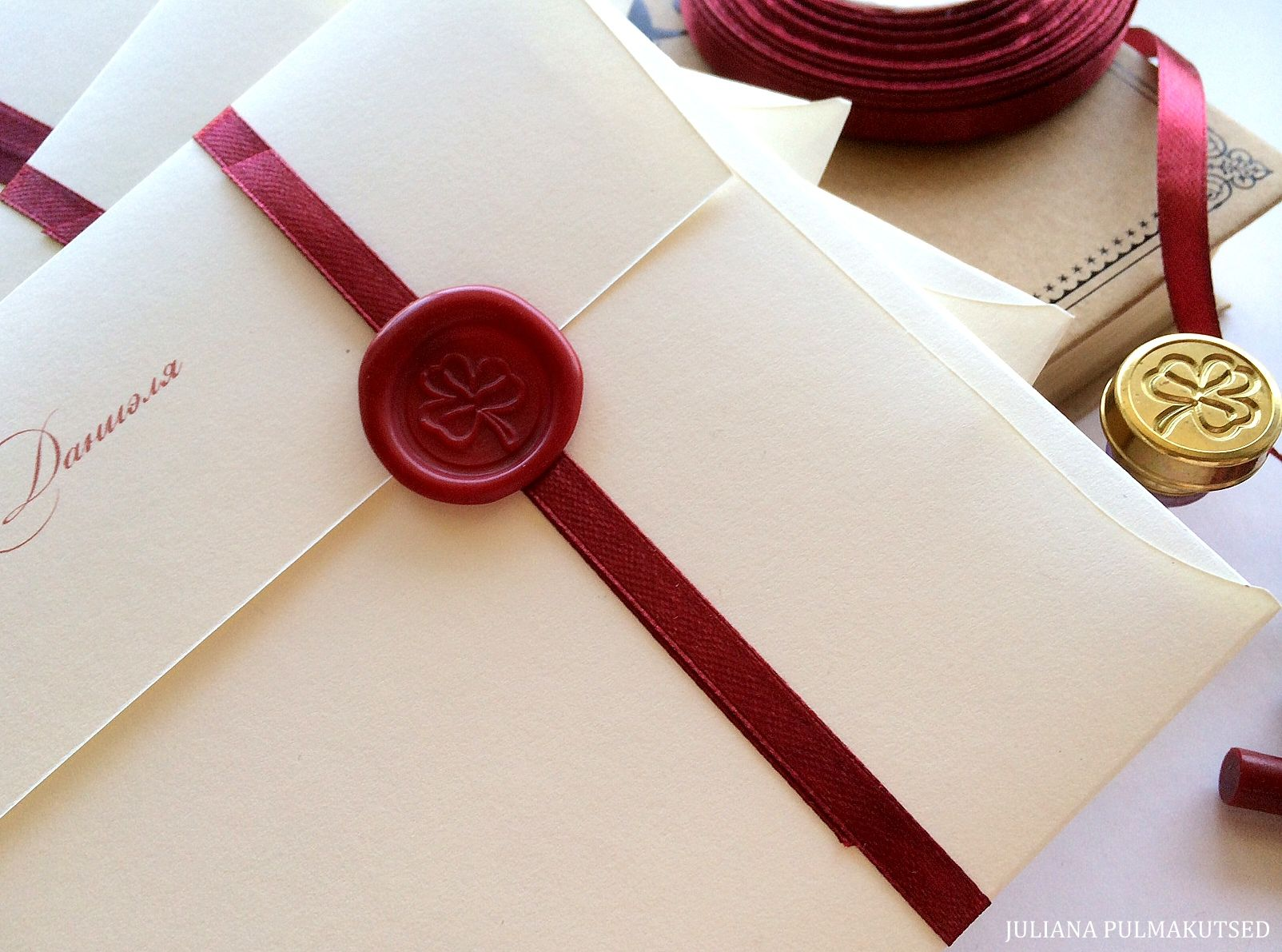 Vahatempliga pulmakutsedWax sealed wedding invitations | Girl study ...