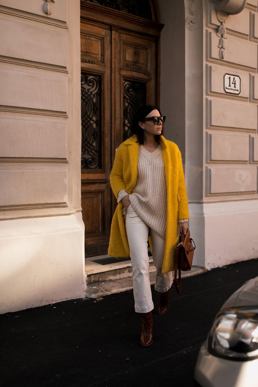 Fur Mehr Farbe Im Alltag So Kombiniere Ich Meinen Gelben Mantel