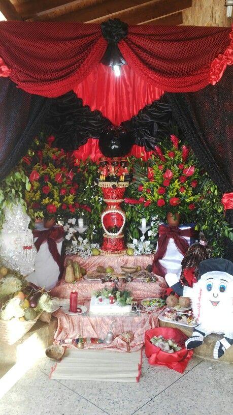 29 Ideas De Tronos O Altares De Santos De Osha Trono Altar Religión Yoruba