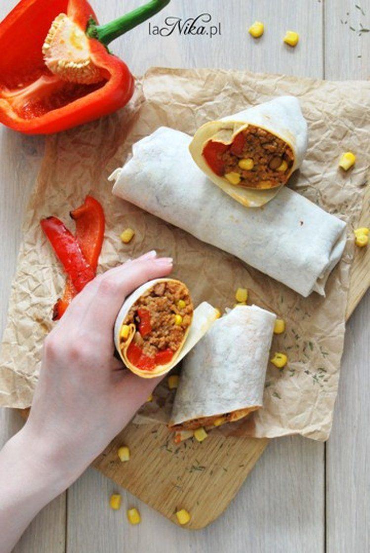 Burrito Z Miesem Mielonym Fasola I Papryka Kuchnia Meksykanska