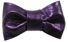 Pre-tied Bow Tie: Purple metallic