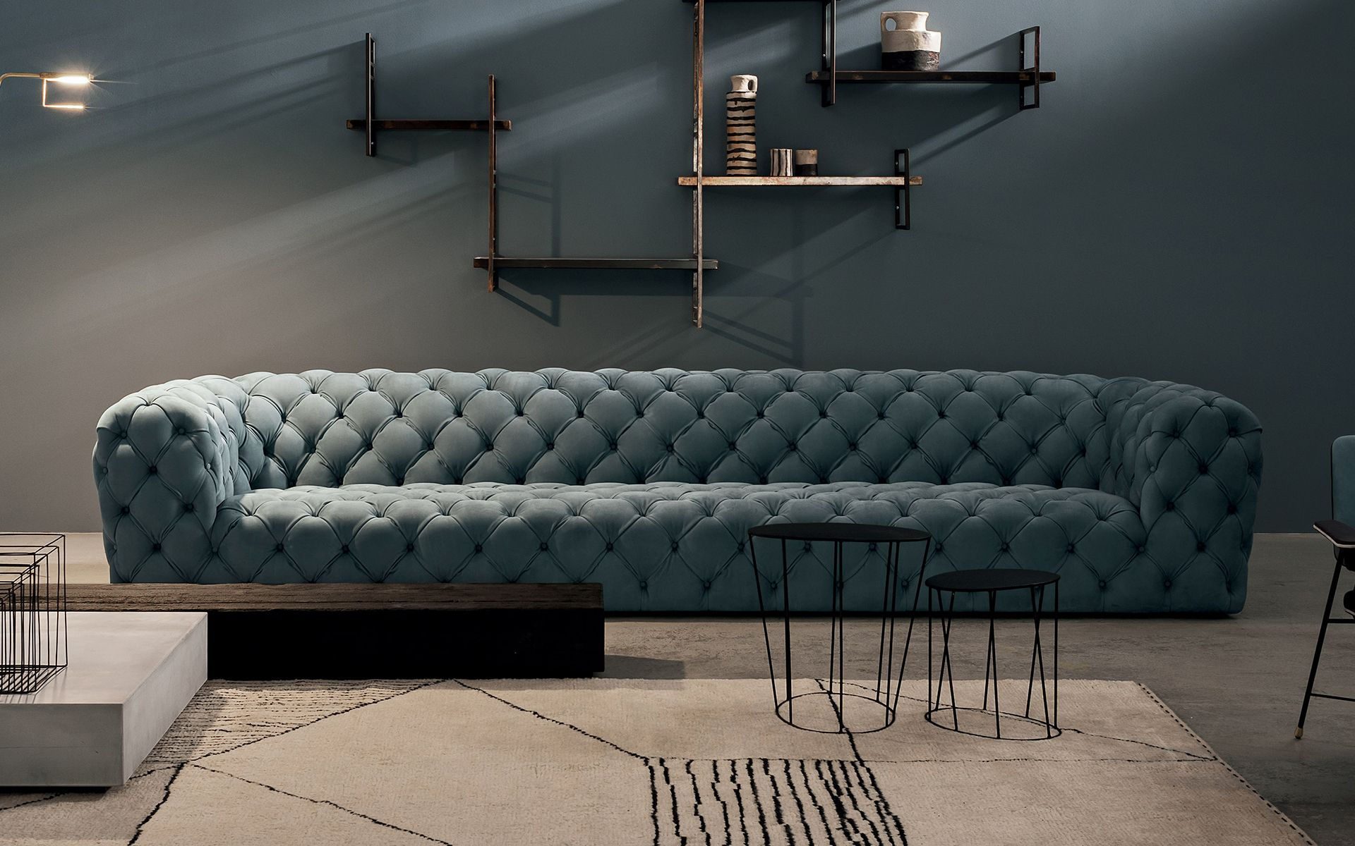 Oversized fort Paola Navone s Chester Moon sofa for Baxter