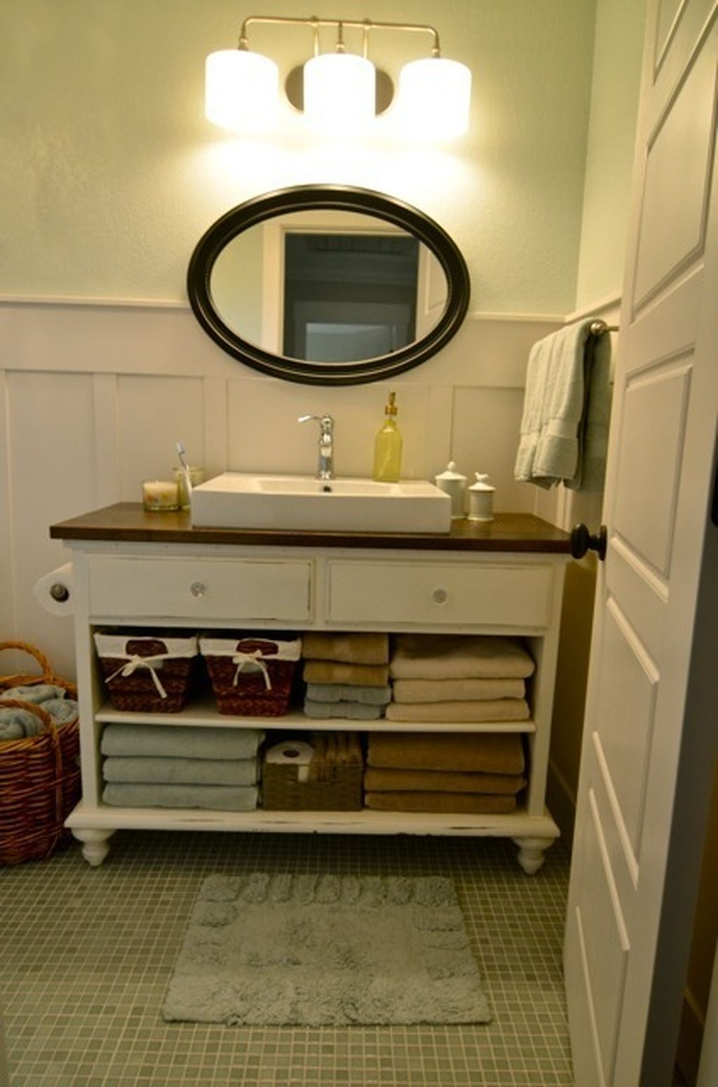 Nice 64 Cheap And Easy Diy Bathroom Vanity Makeover Ideas  Http://about Ruth.com/2017/06/07/64 Cheap And Easy Diy Bathroom Vanity  Makeover Ideas/