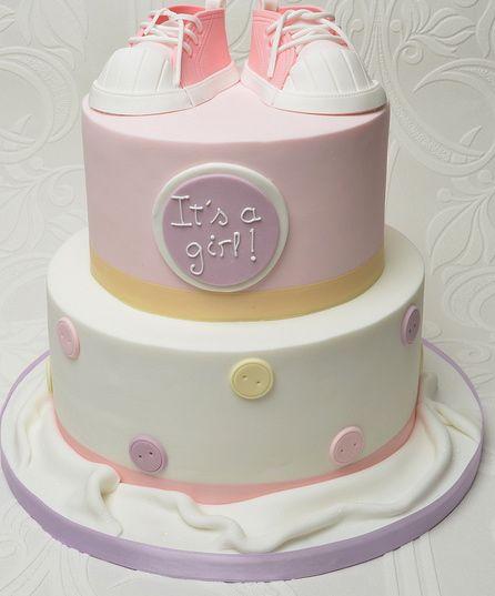 lovely baby shower cake Tumblr Baby Shower Inspiration