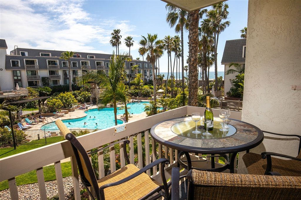 999 N Pacific St F208 Oceanside Ca 92054 1 Bed 1 Bath 649 888 Visit This Absolutel San Diego Houses San Diego County Garden View