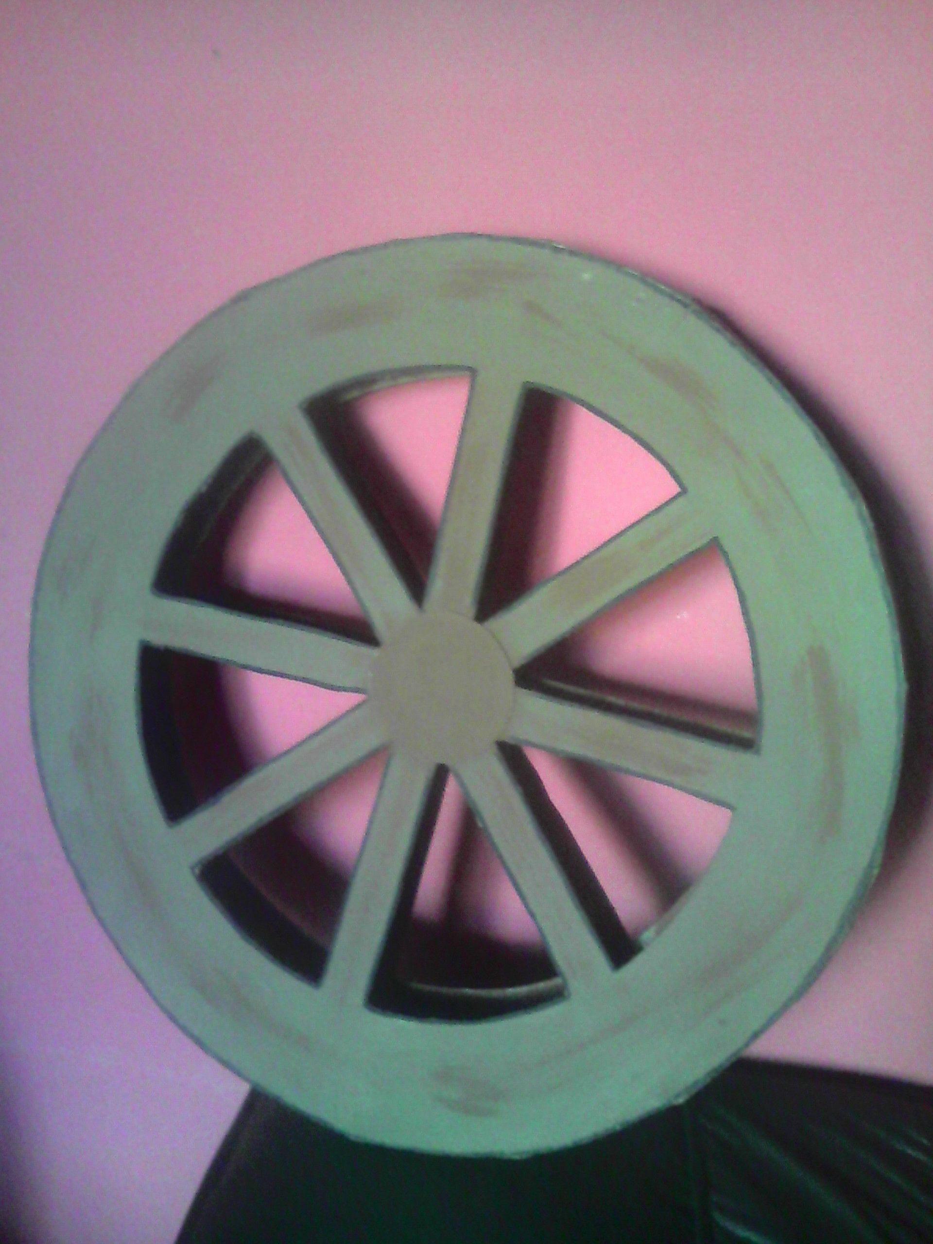 rueda de carreta hecha de carton | mis realizaciones ...