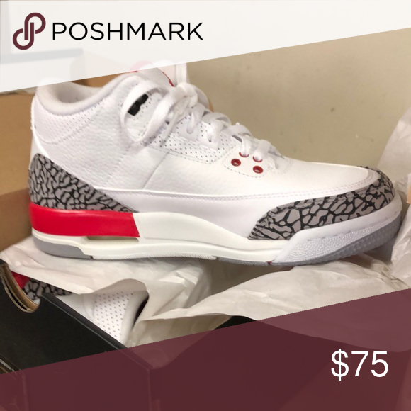 super popular d58c2 4e887 Sneakers Air Jordan Retro 3 Boys Size 5.5 will also fit ...