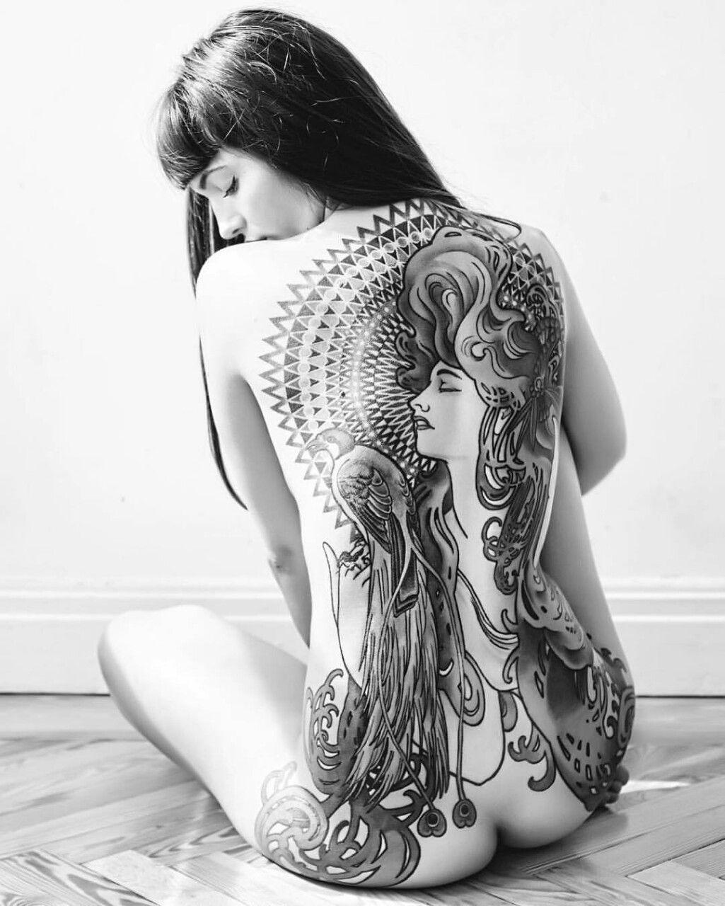 Cool tattoos for a girl ninette suicide  ninette shibara ninetteshibara  tattoo babe