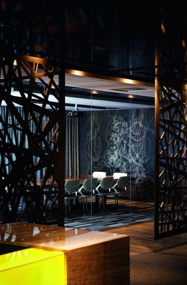 Elegant luxury corporate and home office interior design ...