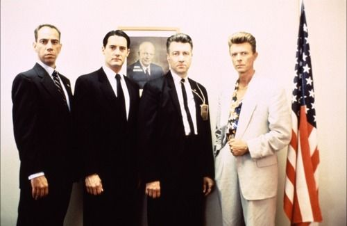 From left to right: Miguel Ferrer, Kyle Maclachlan, David Lynch and David Bowie.