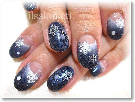 雪の結晶がキラキラ輝く*゜シンプルなデザインなのにうんと目立てる【
