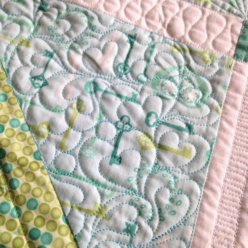 Free-Motion Quilting Ideas: How to Quilt Hearts Free Tutorial ... : free motion quilting tutorials - Adamdwight.com