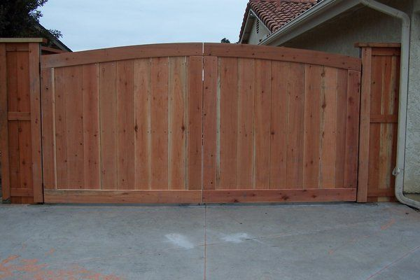 Wood Fence Double Gate