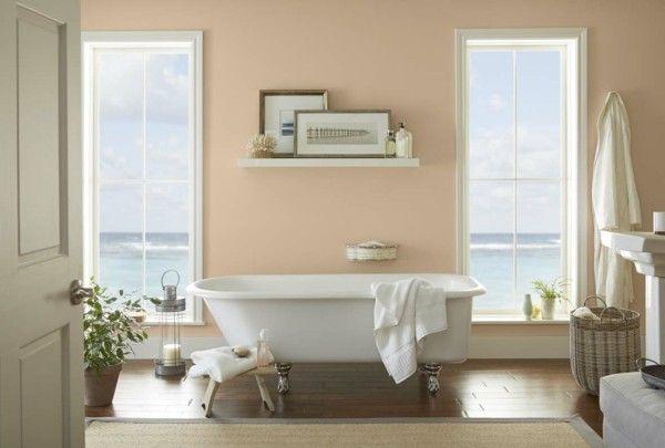 wandfarbe apricot badezimmer weiße badewanne korb sisalteppich - körbe für badezimmer
